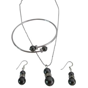 Swarovski Dark Gray Pearls Necklace, Earrings & Bracelet