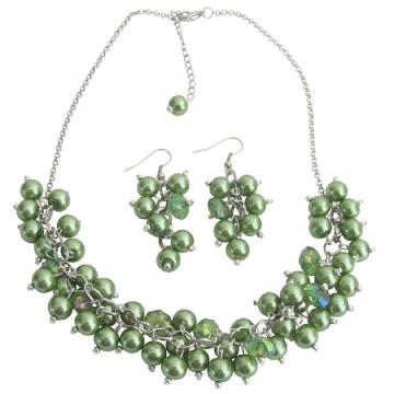 Cluster Necklace Grape Earrings In Kelly Green Pearls & Crystals