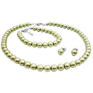 Beautifully Crafted Pistachio Pearls Necklace Earrings & Bracelet